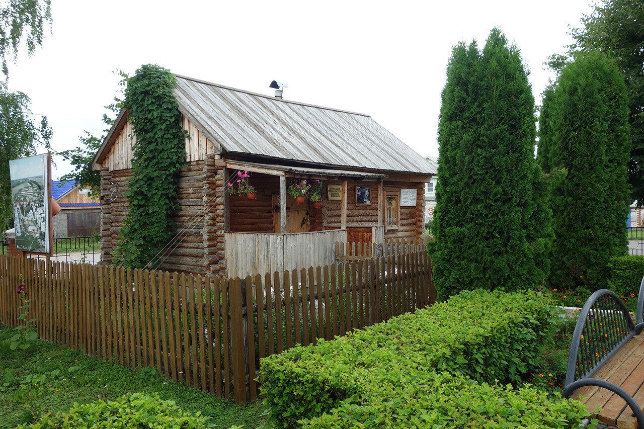 дом, где прошло детство Андрияна Николаева