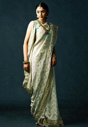 Вы еще не носите сари?