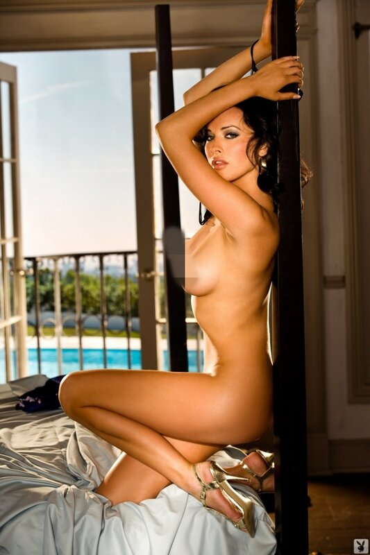 Дарья Астафьева. Будущий Президент Украины в журнале Playboy (фото ню)