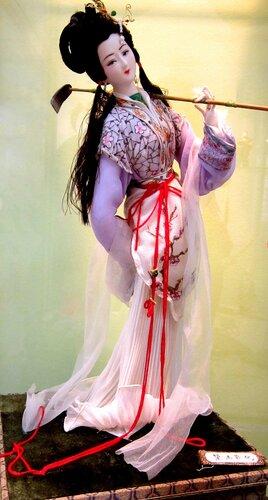 """Линь Дайюй, сестра главного героя романа """"Сон в красном тереме""""."""