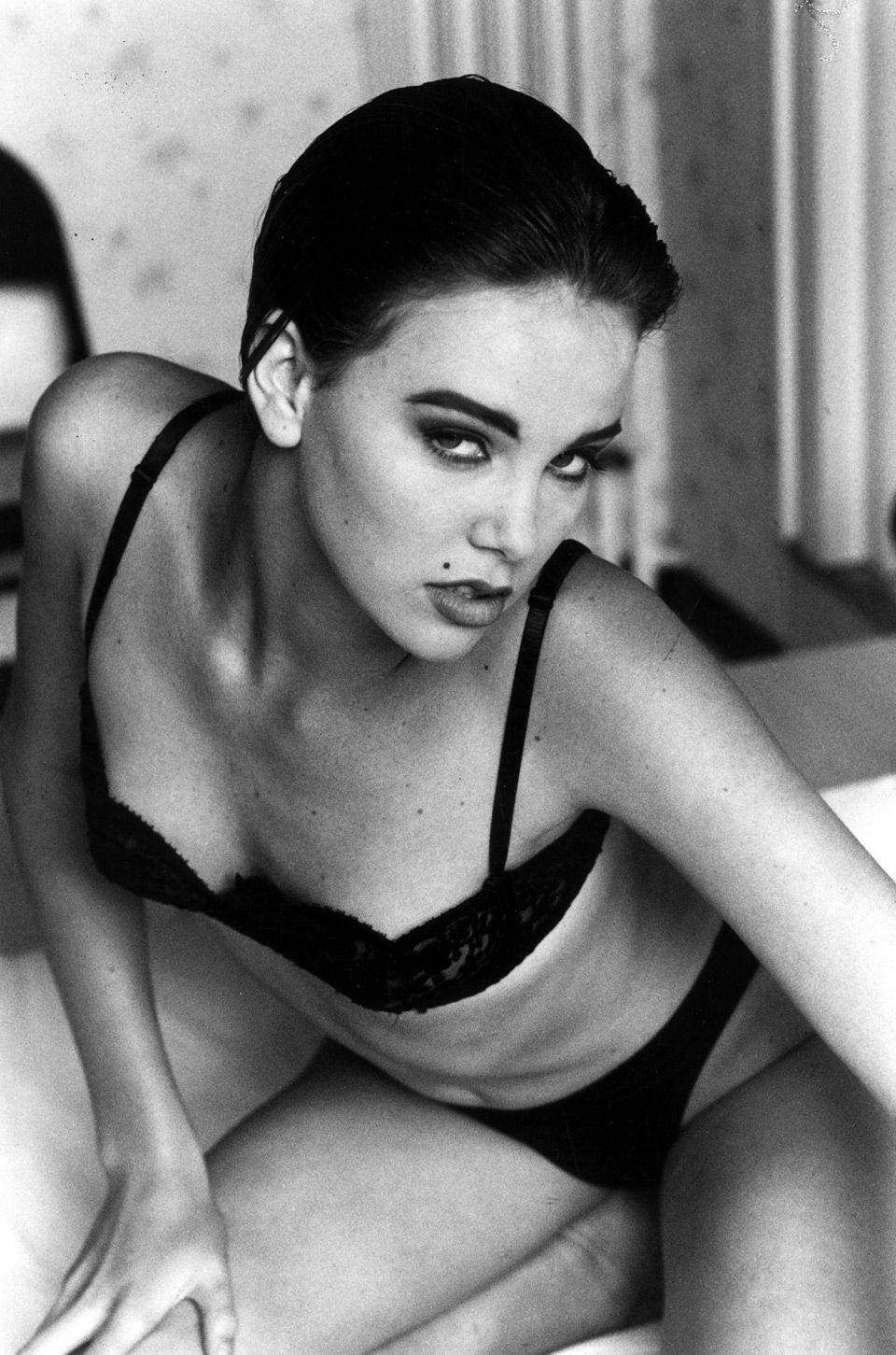 1994 год. 19-летняя Шарлиз Терон. Фото: Phillip Wong