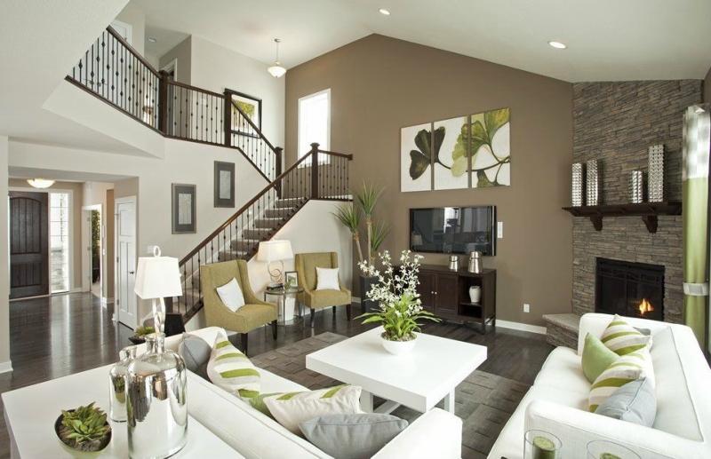 Дизайн интерьера гостиной в светлых оттенках фото 5