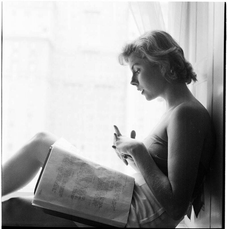 Бетси фон Фюрстенберг, 1949 год