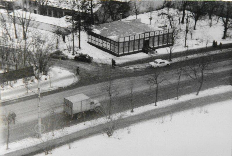 98511 Пельменная на Люсиновской Киселёв В И 1991.jpg