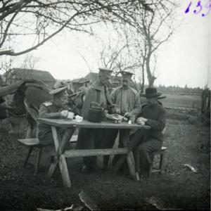25. 1914. Чаепитие. Голишовец, Галиция