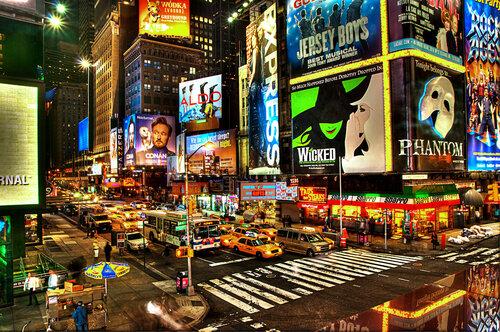 Нью-Йорк. Ночной Бродвей