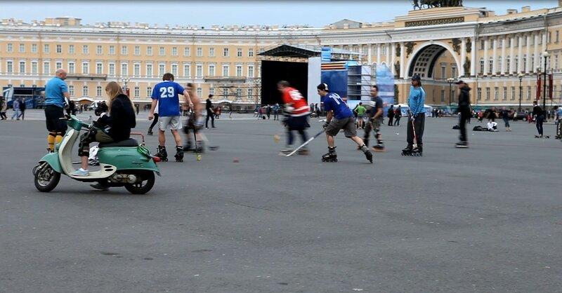 Хоккей на Дворцовой площади