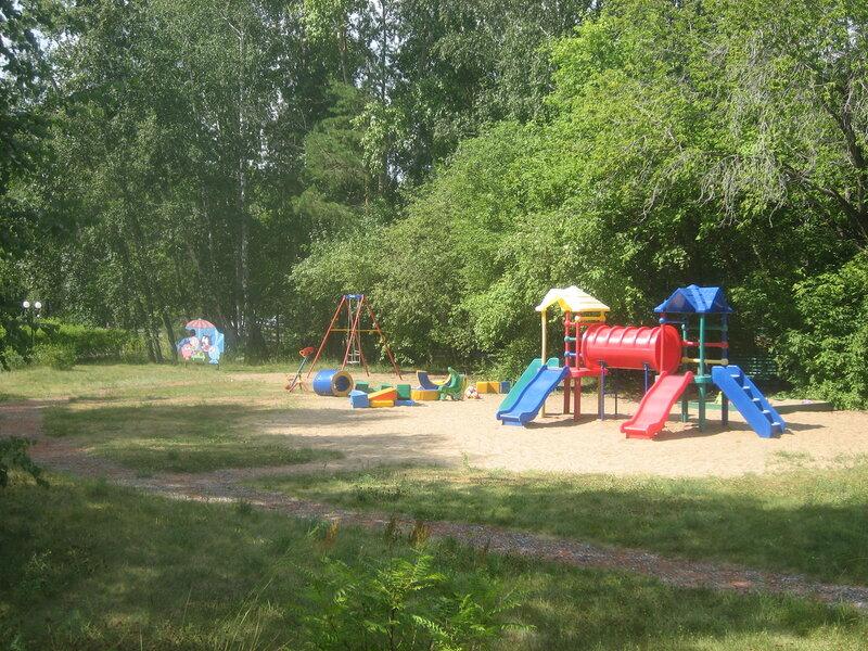 Детская площадка в парк-отеле