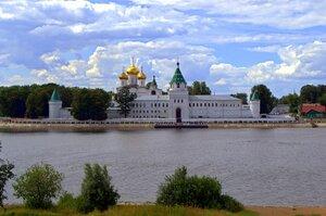 Кострома, Ипатьевский монастырь - колыбель дома Романовых!