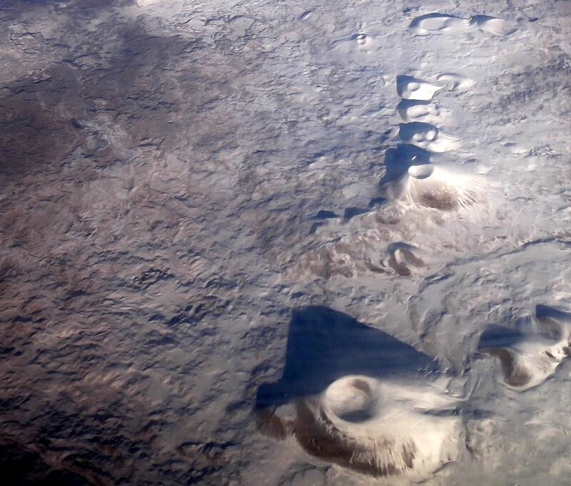 Заснеженные кратеры