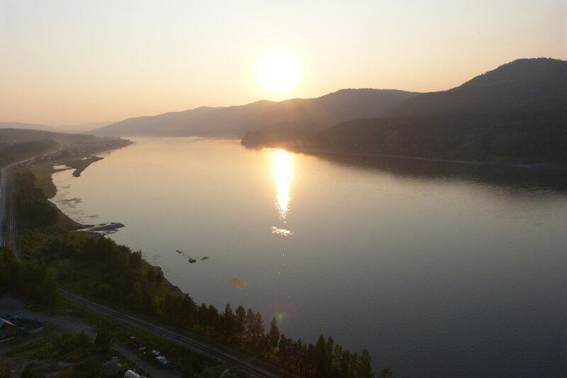 Закат на Енисее у Красноярска