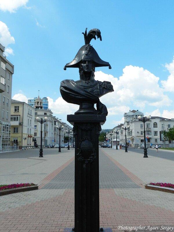 Бюст основателя Новороссийска
