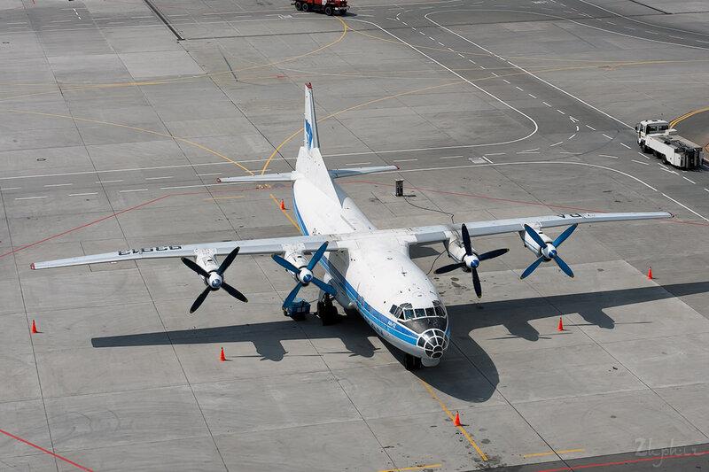 Антонов Ан-12БП (RA-93913) Atran DSC_2459
