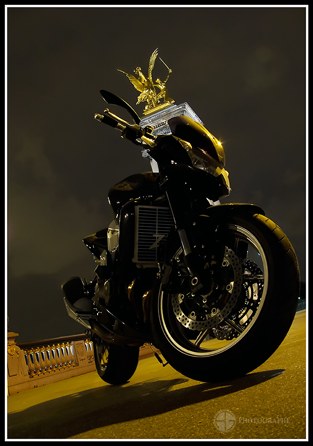 Мотоциклетное. Фотограф A.G. Photographe