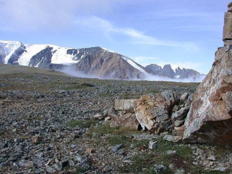 Утро в горах Алтая