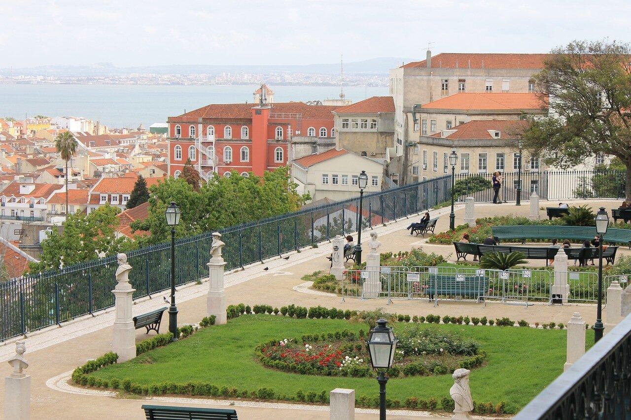 Lisbon. Garden of San Pedro de Alcantara. Lisboa, Jardim de São Pedro de Alcântara