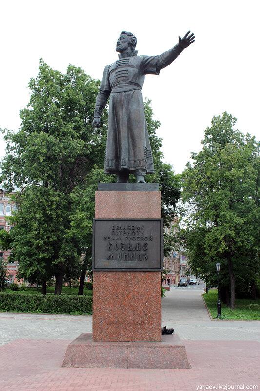 Купить памятник в москве к 30 летию выдающиеся памятники индийского зодчества