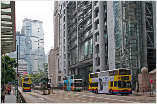 Центральная улица острова Гонконг