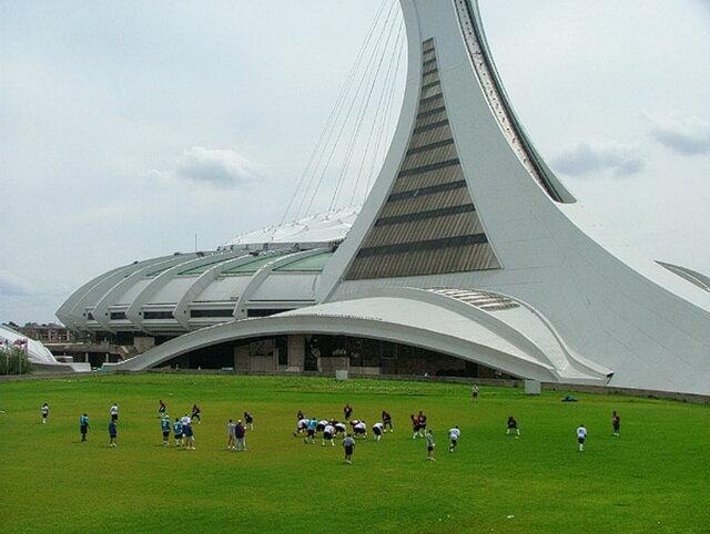 Олимпийский стадион в Монреале