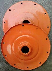 букса 10 болтов, наружный диаметр 300 мм, посадочный диаметр под подшипник 62мм