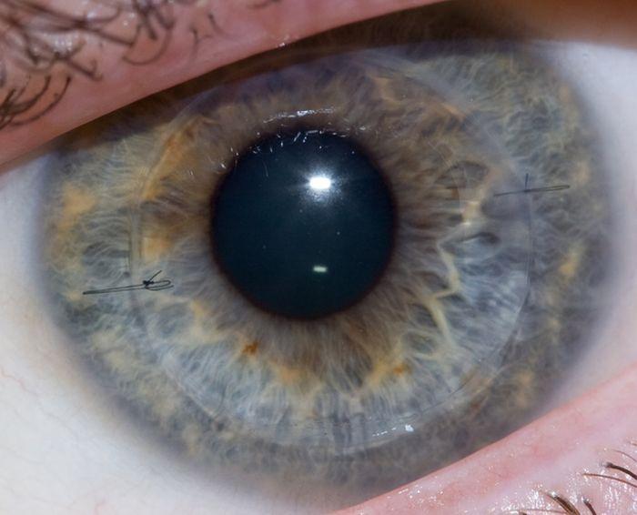 Строить глазки
