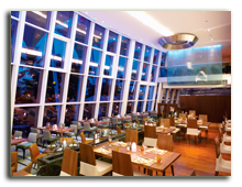 ОАЭ. Дубаи. Jumeirah Beach Hotel. Ресторан Latitude