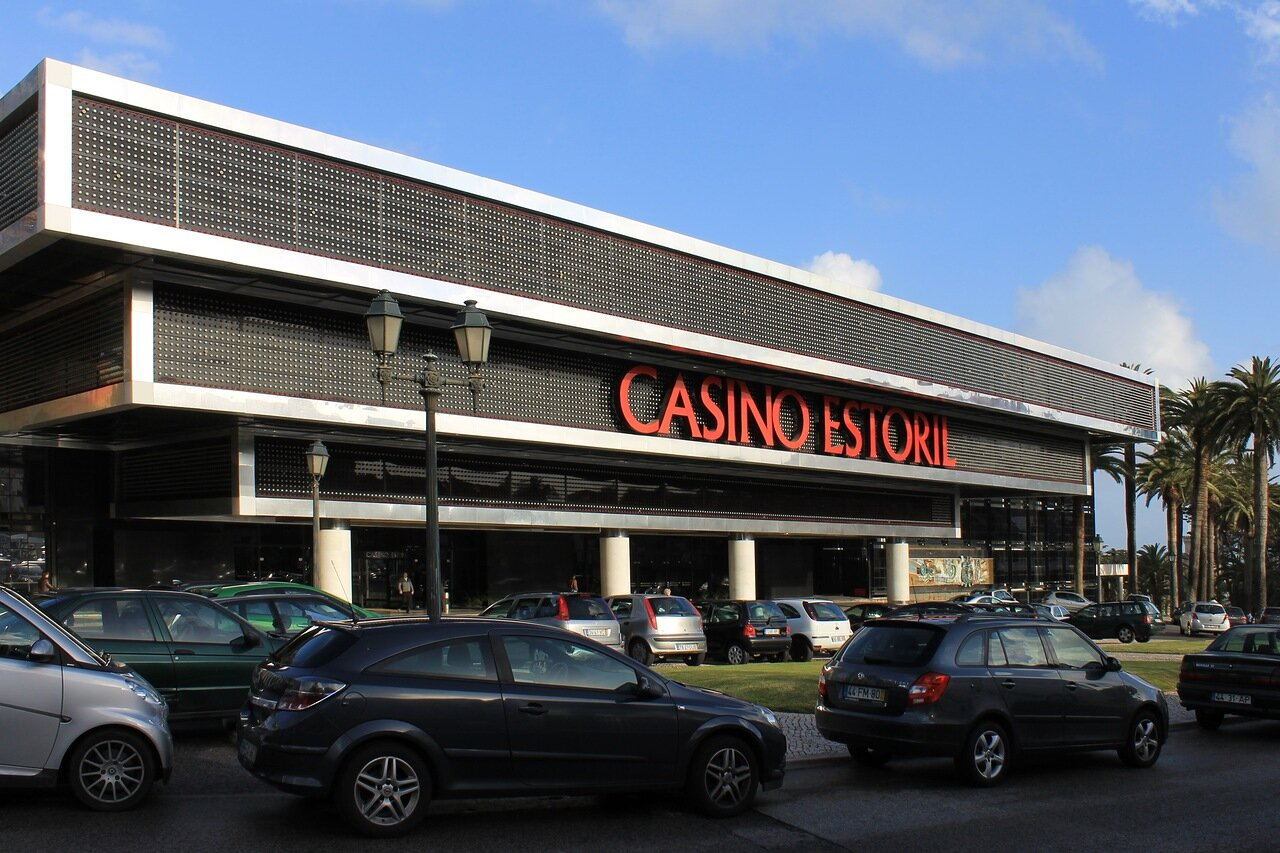 Казино Эшторил (Casino Estoril)