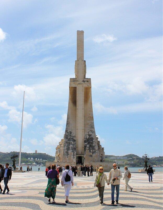 Лиссабон. Памятник Открытий, памятник Первооткрывателям (Monumento aos Descobrimentos)