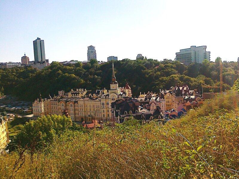 Вид с Хоривицы в сторону Львовской площади
