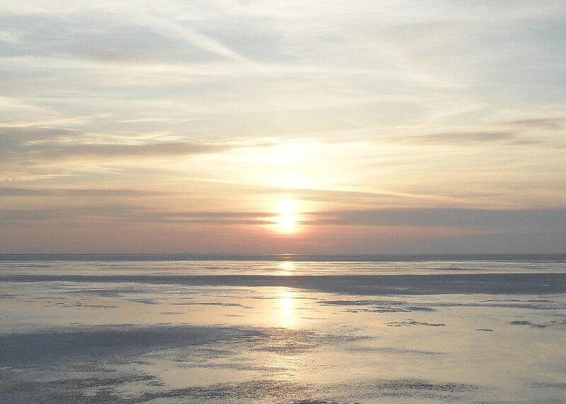 Вечером, на мартовском льду