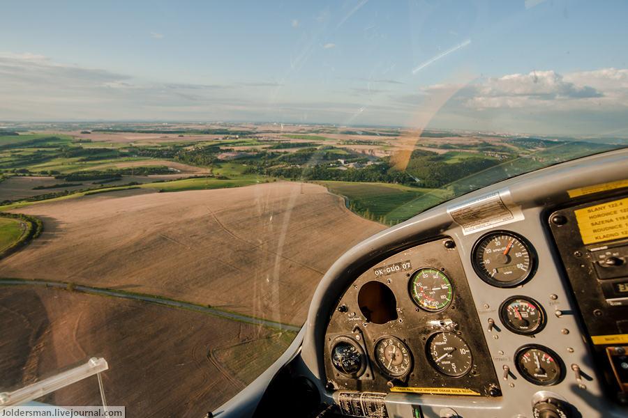 Научиться управлять самолетом на отдыхе в Чехии легко