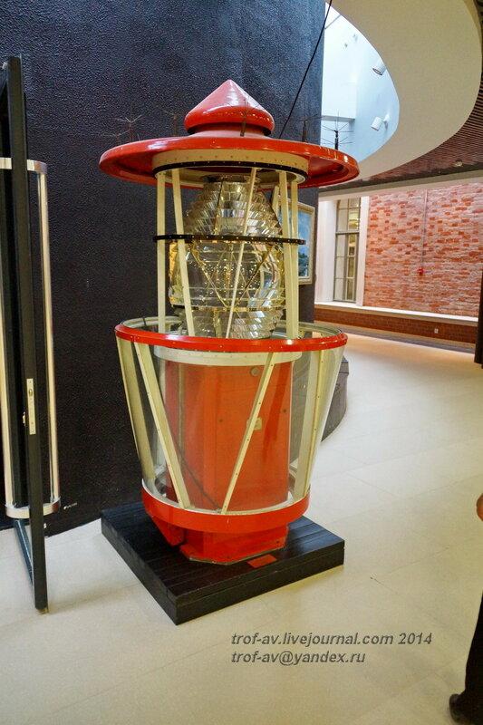 Автоматический светооптический аппарат АСА-500М, Центральный военно-морской музей, Санкт-Петербург