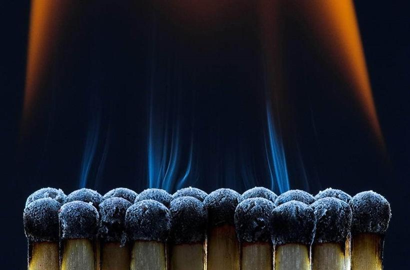 Горящие спички. 15 фантастически красивых фото 0 1417c0 6385fc85 orig