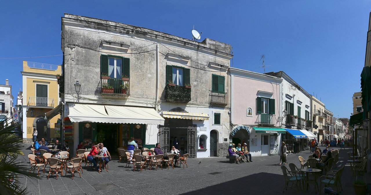 Ischia, Forio, the area of the Maltese (Maltese Piazza).