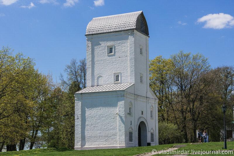 Коломенское. Водовзводная башня. Фокусное 55 мм.