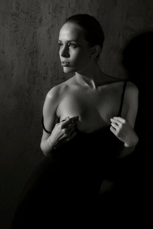 Пригласите на Tango Фото жанр эротика on WordPress.com.