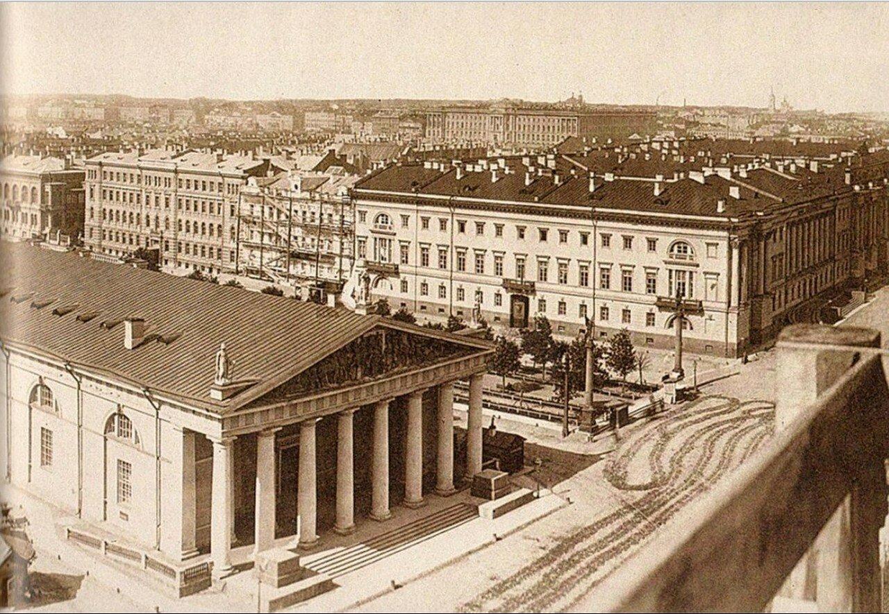 30. Панорама города со зданием Манежа. 1870-е