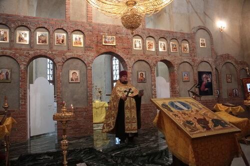 15 июня 2011 г. молебен с благотворителями