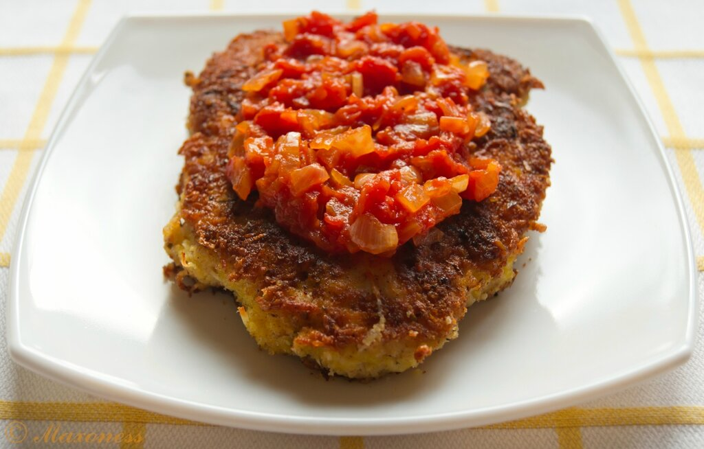 Курица «Миланезе» с томатным соусом. Итальянская кухня
