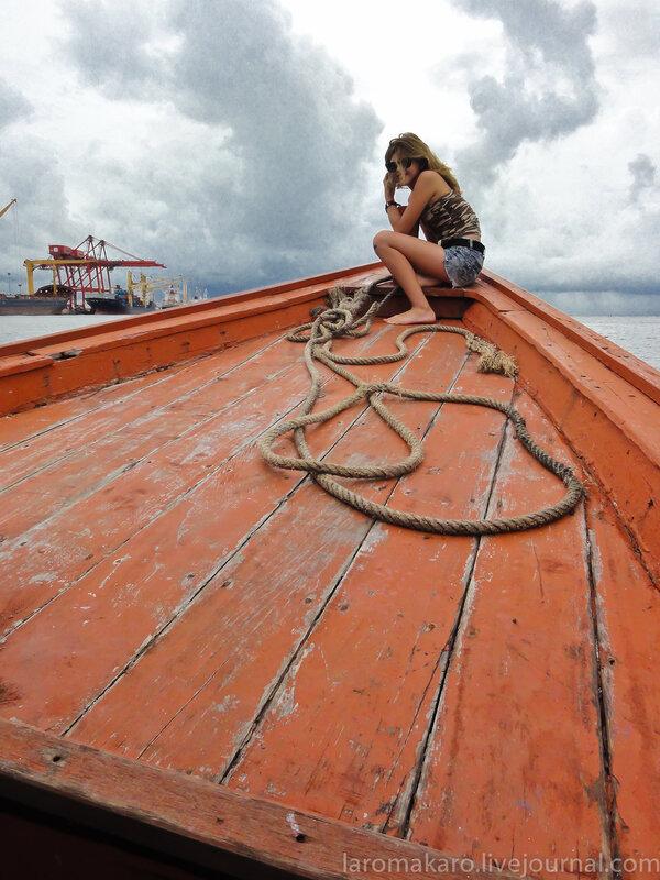 Лодка до острова