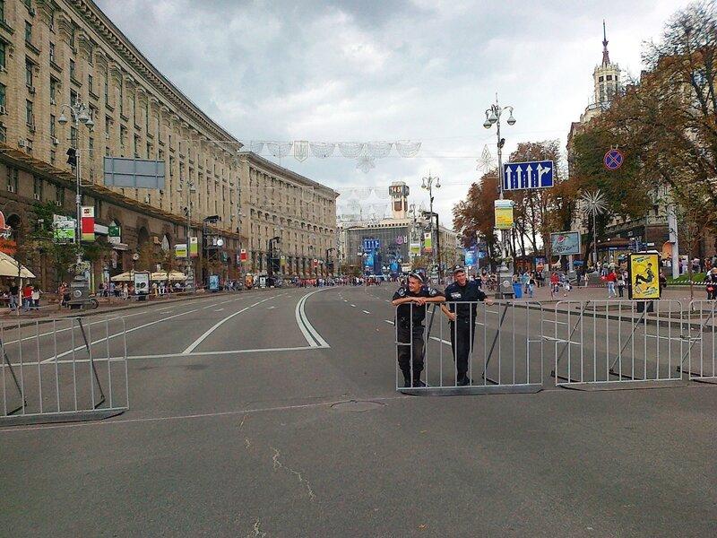 Крещатик перекрыт для парада Майданс-3