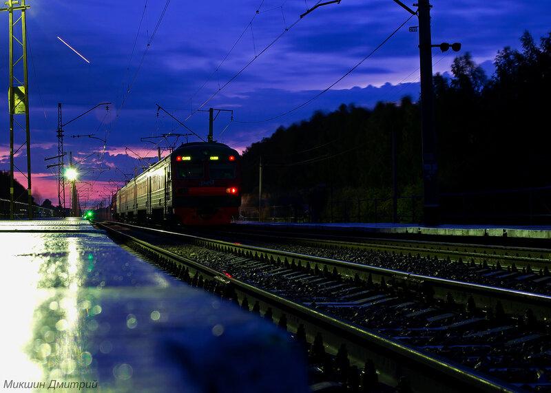 Фото красивое поезда ночью