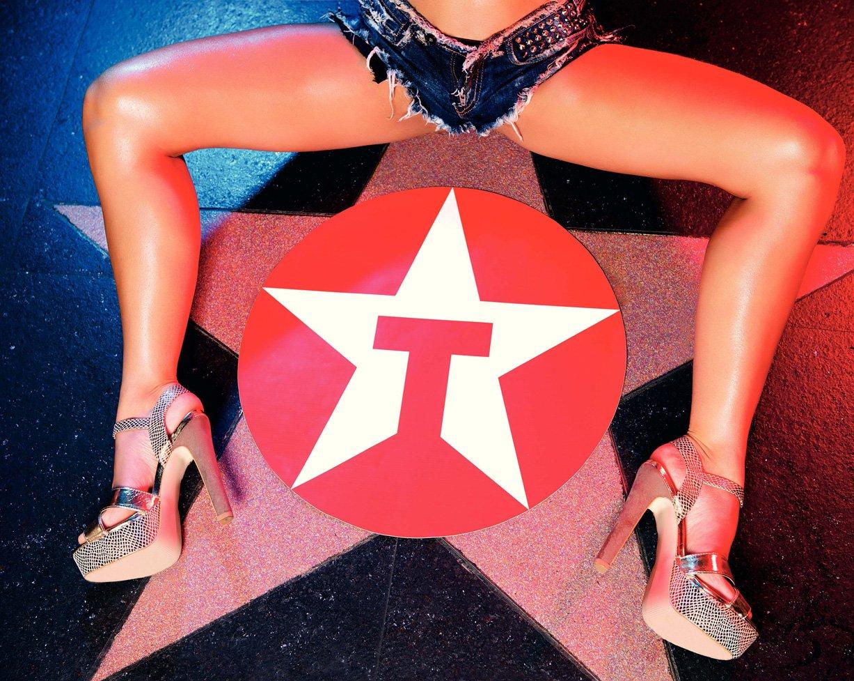 Валентина Колесникова в журнале XXL, сентябрь 2012 / фотограф Philippe Ndzana Jean-Pierre