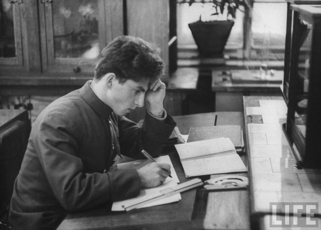 МГУ в 1956 году. Фотографии журнала LIFE