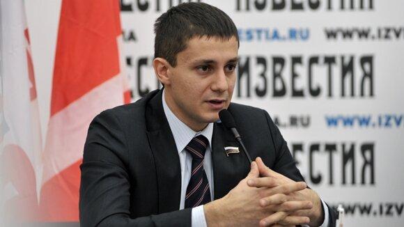 Кремлевская молодежь хочет лишить денег больных раком