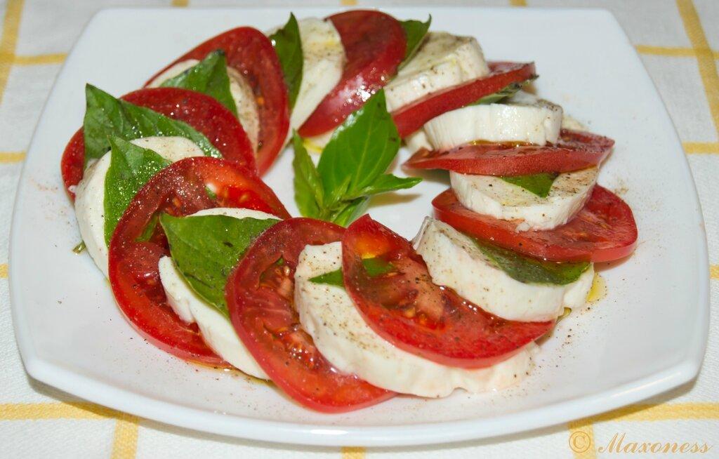 Салат «Капрезе». Итальянская кухня