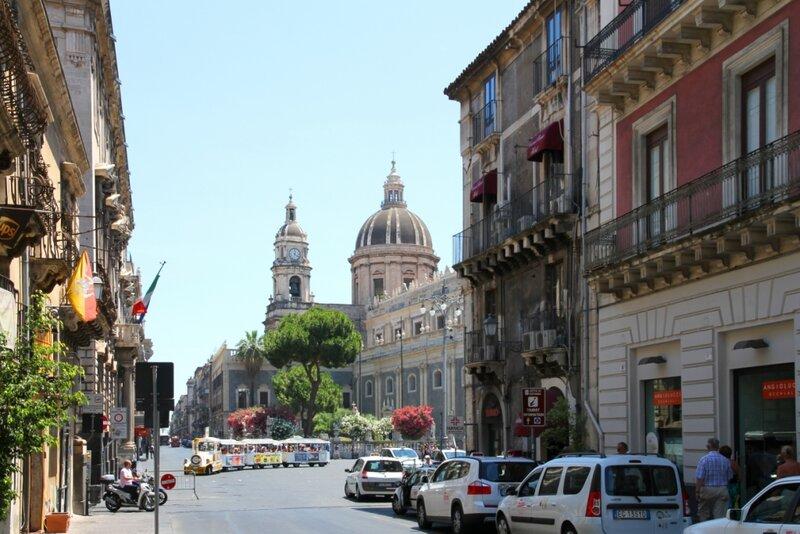 Сицилия, Катания, Площадь Дуомо