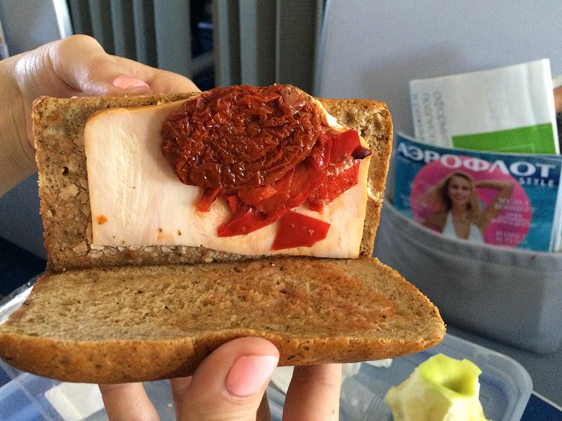 Детское питание против сендвича