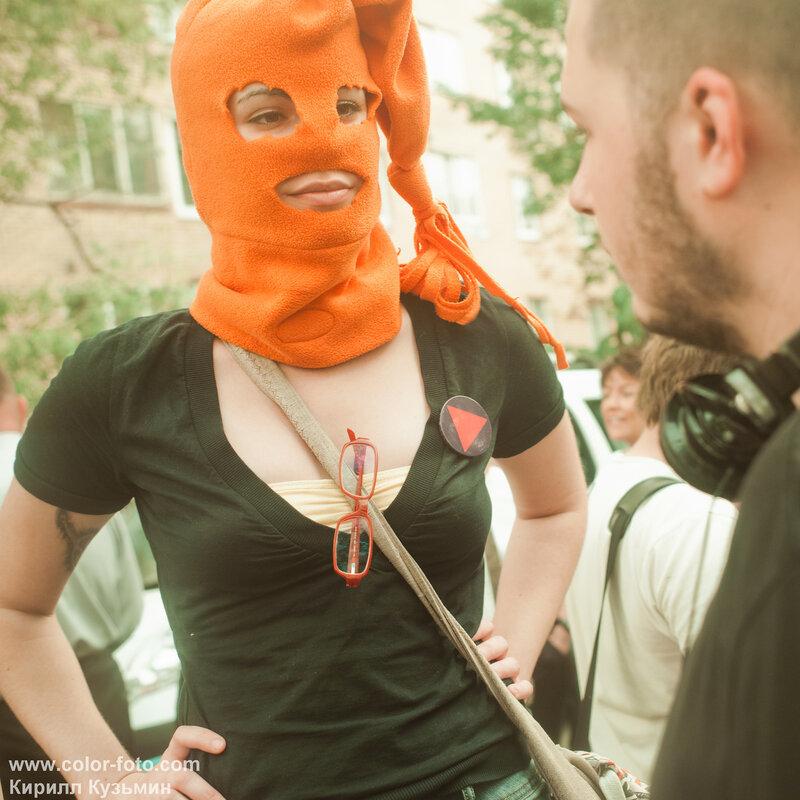 Рассказ очевидца. Не санкционированный митинг вокруг Pussy Riot. Новости...