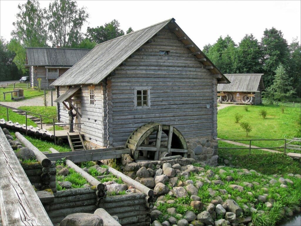 Пушкинские горы, Бугрово. Водяная мельница и дом мельника